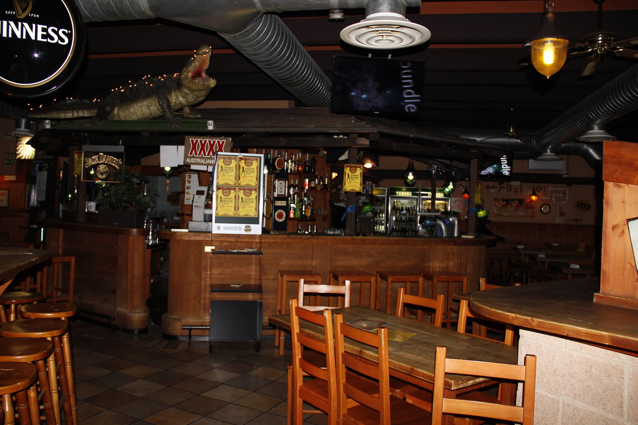 Australian Pub Mozzo