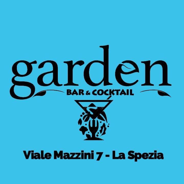 Garden Bar & Cocktail